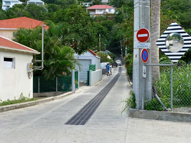 Name:  Flamands Alley.jpg Views: 8715 Size:  81.1 KB